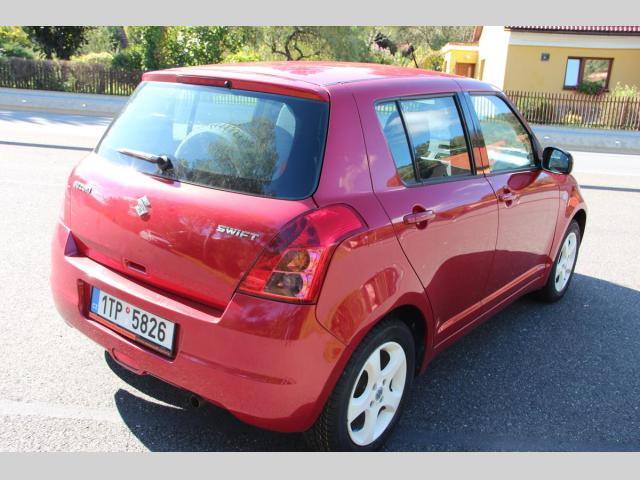 Suzuki Swift 1,3 i